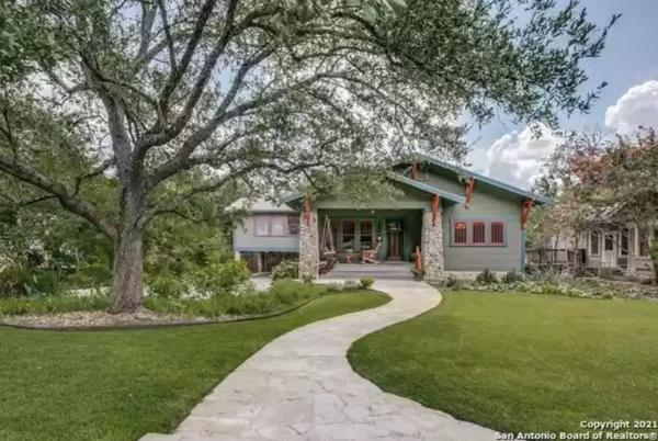 Picture for A retired law-firm exec is selling this 104-year-old San Antonio home with a hidden second story