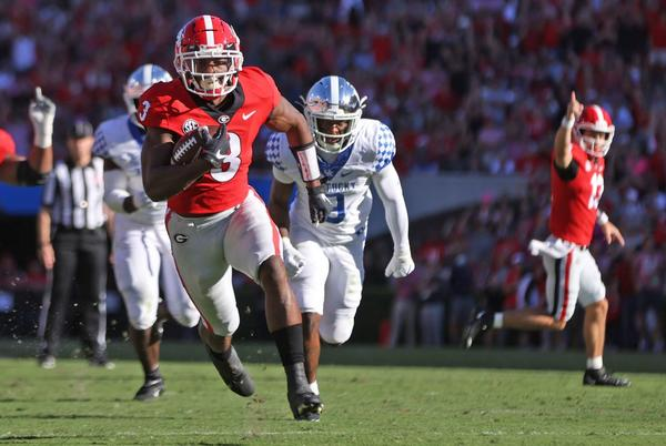 Picture for Georgia football report card: Bulldogs pass, second-half surge in 30-13 win over Kentucky