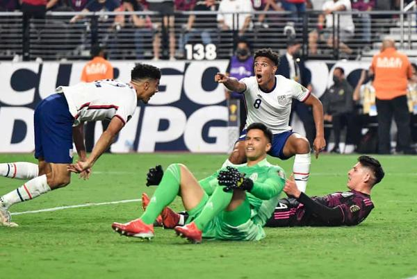 Picture for Miles Robinson's last-gasp header lifts USA over Mexico in Gold Cup final