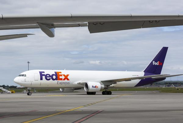 Picture for FedEx to give up only LGB flight slot after more than 30 years