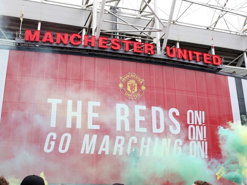 manchester-united-vs-liverpool-police-and-old-trafford-security-increased-ahead-of-expected-protests