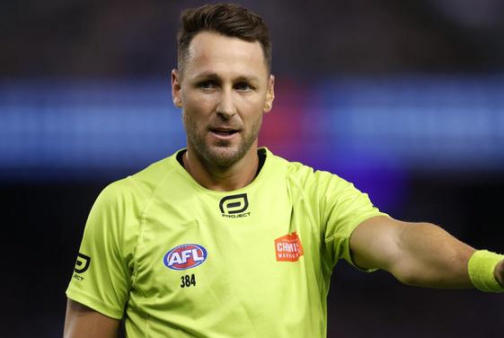 Picture for AFL names umpires for the 2021 grand final