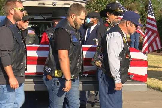 Picture for Hundreds gather for funeral of Oklahoma Vietnam War veteran with no known family