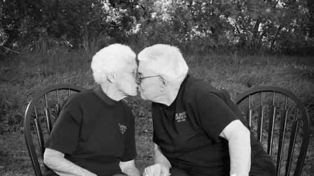 Picture for 'The Lord called them': Iowa husband and wife die hours apart