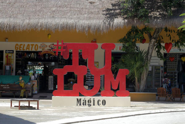 Picture for Two Killed, Including a Popular California Blogger, In Tulum Gang Shoot-Out