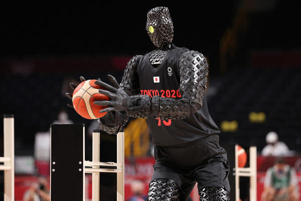 Picture for Horrifying robot plays basketball at Olympics