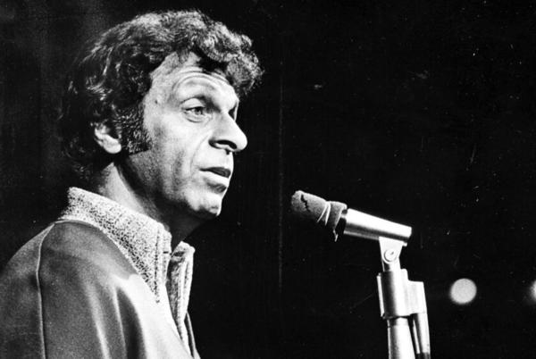 Picture for Mort Sahl, revolutionary comic who influenced comedians from Lenny Bruce to Dave Chappelle, dies