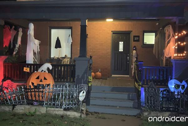Picture for How to prepare your front porch for trick-or-treaters this Halloween