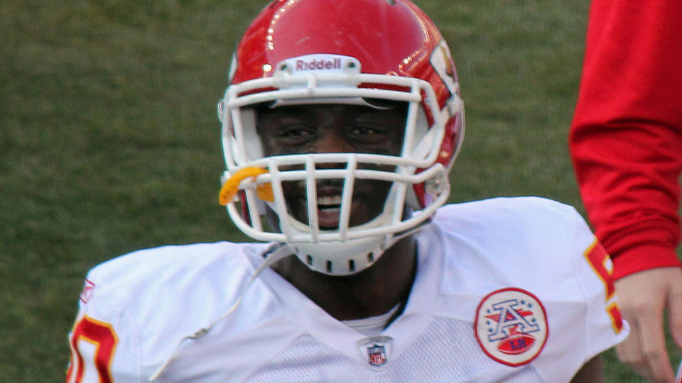 Picture for Baltimore Ravens sign Justin Houston