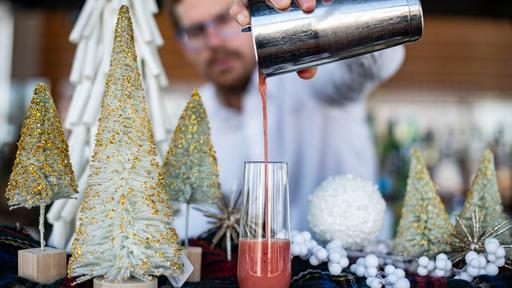 Stl Christmas Radio Station 2020 Holiday pop up bars returning to St. Louis in 2020 | News Break
