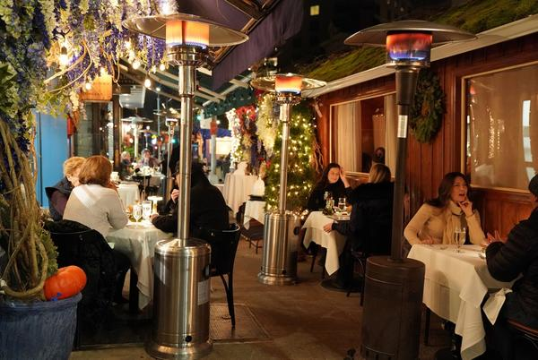 Picture for New NYC rules banning propane cast chill on outdoor dining scene this winter