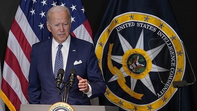 Picture for Biden says Putin is in 'real trouble' because he is sitting on 'an economy that has nuclear weapons and oil wells and nothing else'