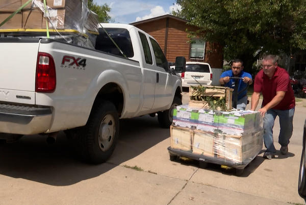 """Picture for """"It really just filled in the gap for people,"""" Partnership between Oklahoma church, mobile home community ensures residents don't go hungry"""