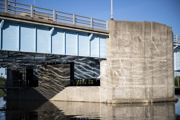 Picture for MDOT to inspect Veterans Memorial Bridge in Bay City after recent malfunction