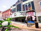 Picture for Been there, Dunn that: Glass expert Tim Dunn in town to restore art deco facade of Ritz Theater