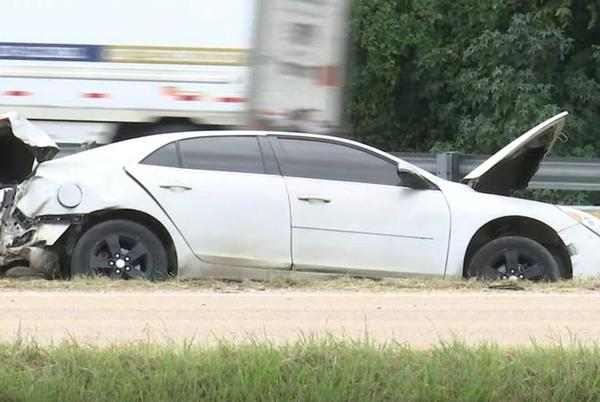 Picture for MPD: Woman detained, kids injured after crash at I-55 & I-240
