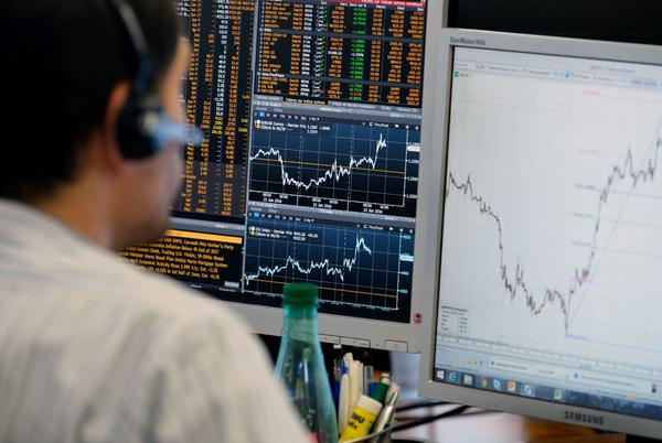 Picture for Europe stocks edge lower as investors monitor earnings, UK budget update