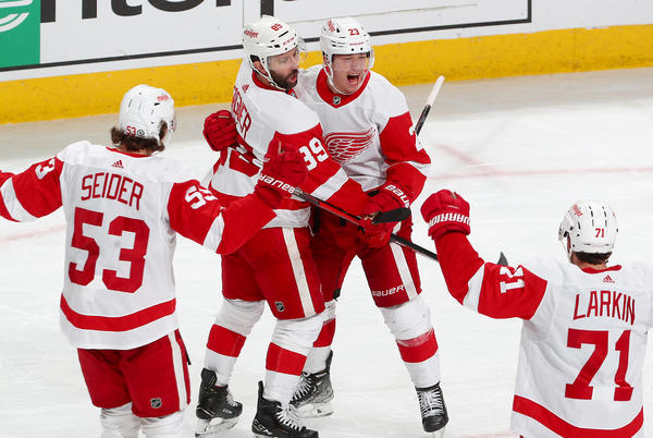 Picture for Raymond joins Red Wings record books with hat trick, four-point game