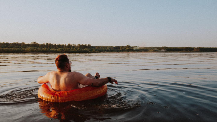Cover for Top tubing spots in Colorado to visit this summer