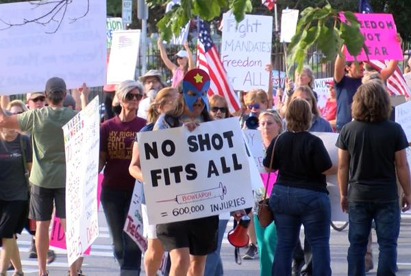 Picture for Hundreds gather at Strong to push back against vaccine mandate