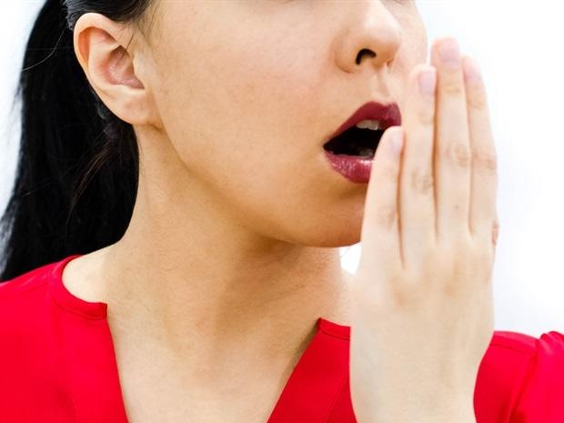 portable-thumb-sized-device-quickly-detects-bad-breath