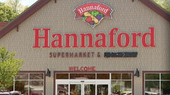 Cover for New Hannaford store to open in Brunswick