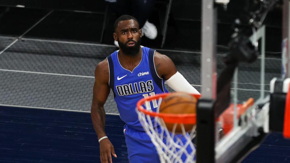 Picture for Tim Hardaway Jr. verbally agrees to 4-year, $74M deal with the Dallas Mavericks, according to source