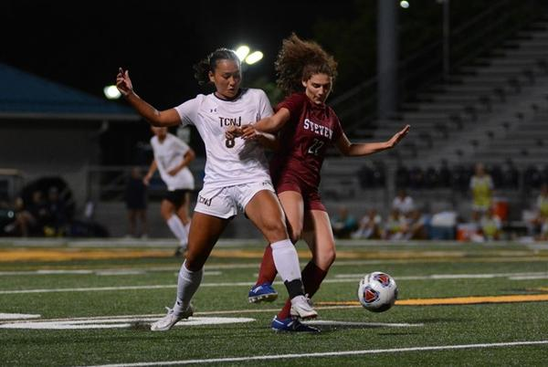 Picture for No. 9 Women's Soccer Wins Stevens Engineering Cup With Win Over NYU