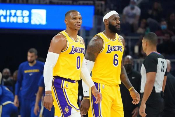 Picture for Lakers Fans React After 0-4 Preseason Start