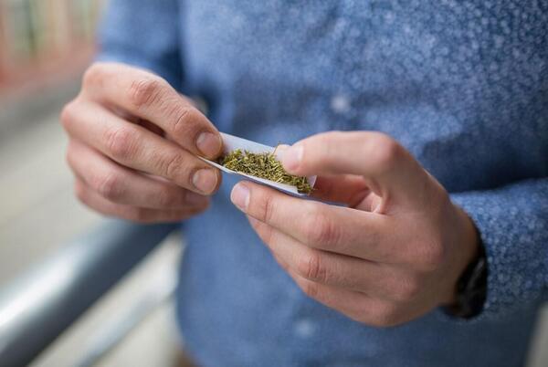 Picture for Marijuana decriminalization gets city's endorsement on legislative agenda