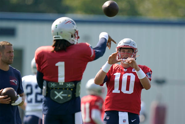 Picture for Patriots won't reveal Week 1 starter despite likely choice