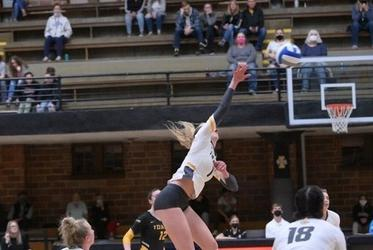 Picture for Back on the Road for Idaho Volleyball