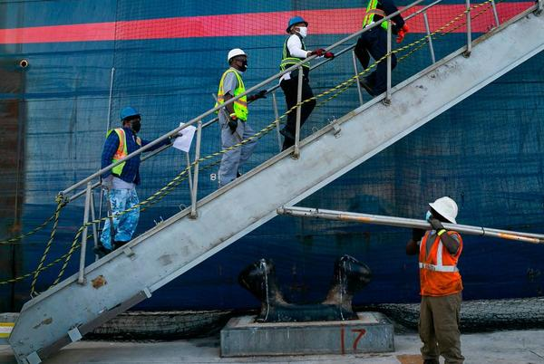 Picture for PortMiami goes fishing for more cargo business as ships back up off California coast