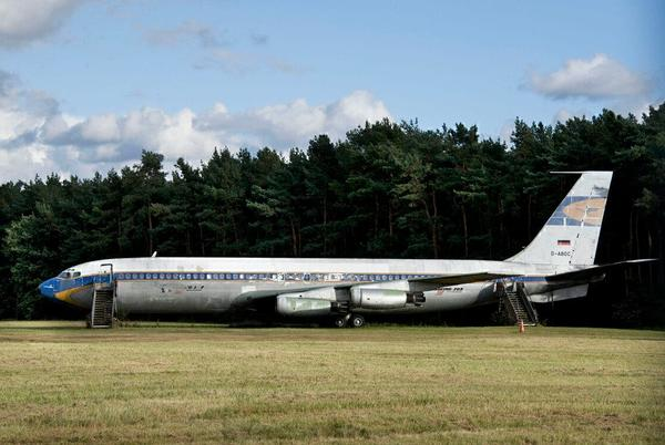 Picture for How An El Al 707 That Never Flew For Lufthansa Got Its Livery