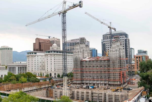 Picture for Work begins below Salt Lake Temple for 3 new underground floors, massive seismic-strengthening pipes