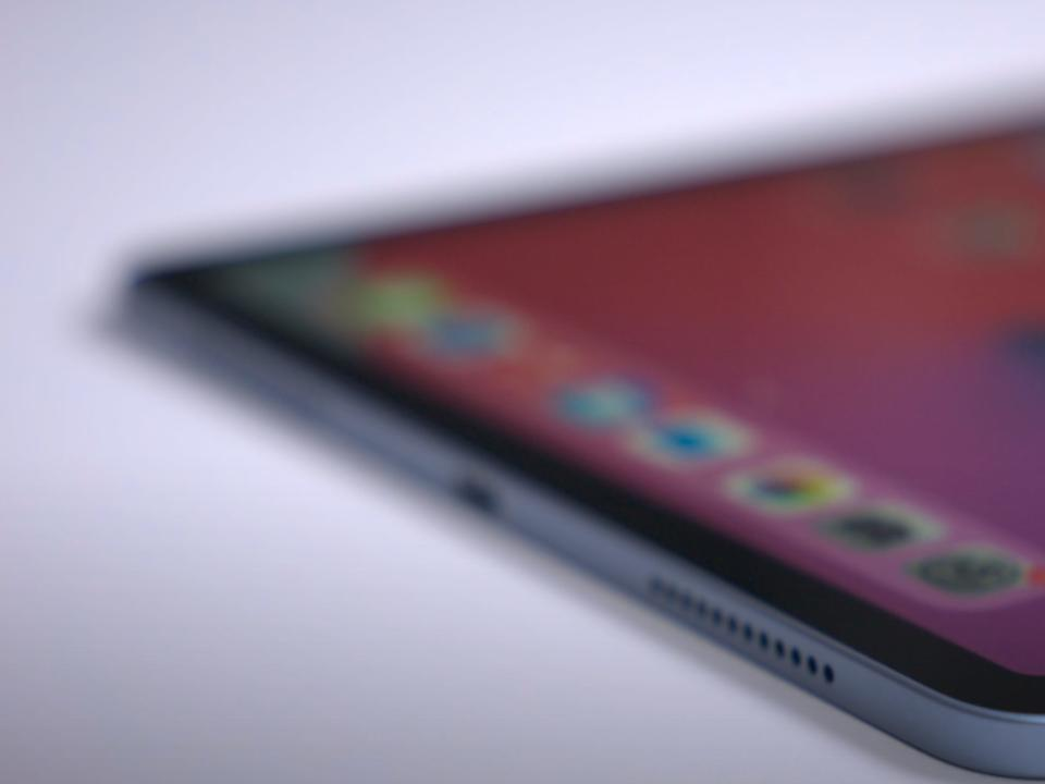 global-chip-shortage-reportedly-hits-apple-delaying-production-of-ipad-and-macbook-models