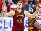 Picture for Report: Cavs' Hartenstein declines $1.8M player option