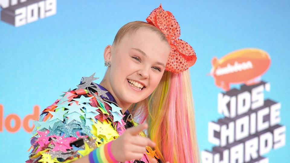 Picture for Everything JoJo Siwa Has Said About Coming Out and Her 'Amazing' Girlfriend Kylie Prew