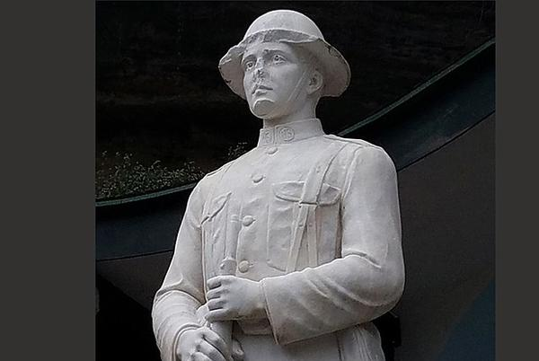 Picture for Eureka Springs WWI statue's face smashed; suspect sought