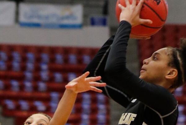 Picture for First Coast Varsity Weekly: Oakleaf 5-star Taliah Scott picks Arkansas women's basketball
