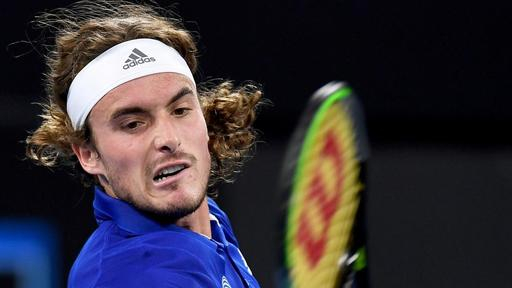 Stefanos Tsitsipas Accidentally Hits Dad With Tennis Racket On Video In Outburst News Break