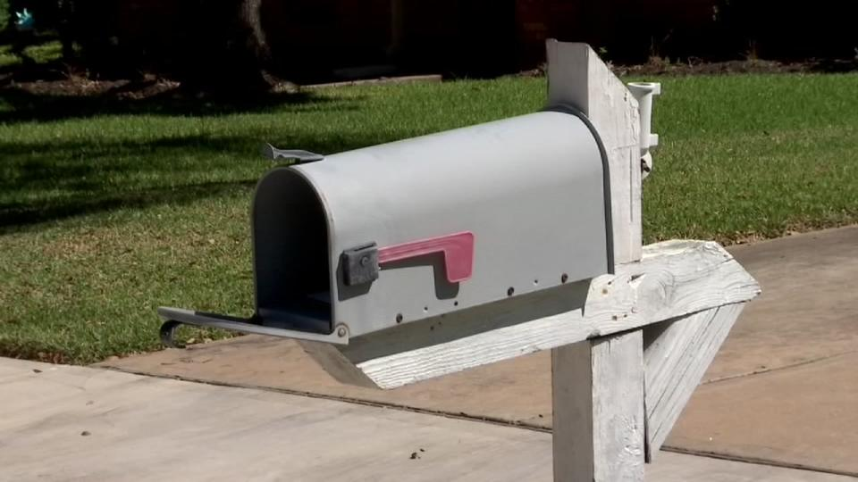 Picture for Rep. Lizzie Fletcher calling on USPS to investigate mail theft, other issues in her district