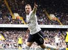 Picture for Rafael van der Vaart reveals ex-Tottenham goalkeeper Heurelho Gomes said an 18-year-old Harry Kane 'can't do a damn thing' in training as Dutchman tells England captain to move to Manchester United rather than move abroad