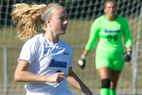 Picture for Women's Soccer Falls to Adelphi, 1-0