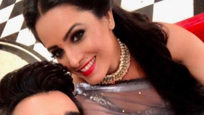 Picture for Anita Hassanandani: Woke up to some nonsensical news about Pearl Puri, It is not true