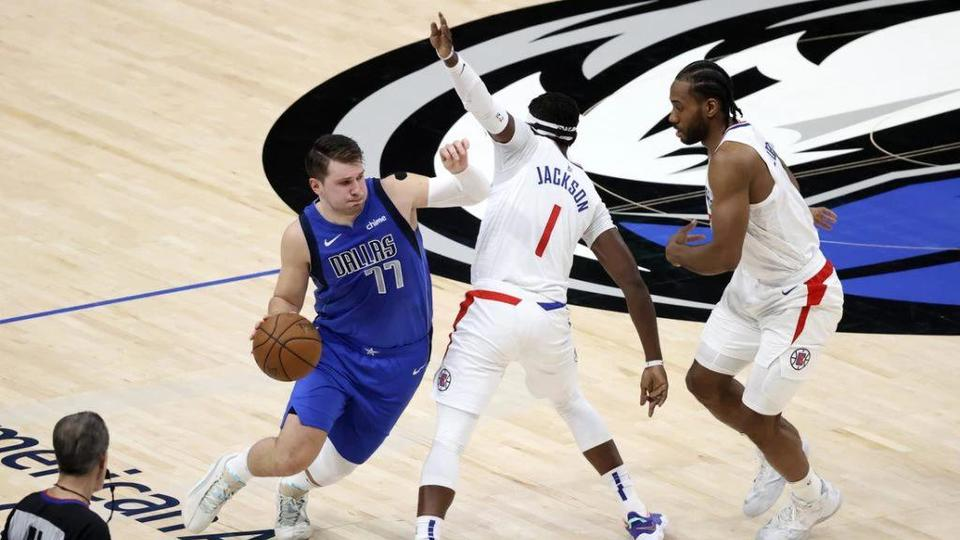 Picture for NBA games today: TV schedule, daily fantasy picks, and best bets