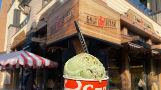 Review Eat Actual Chocolate Covered Crickets In New Halloween Creepy Crawly Critters Ice Cream Plus We Tried The Great Candycopia Flavor From Salt Straw At Disneyland Resort News Break