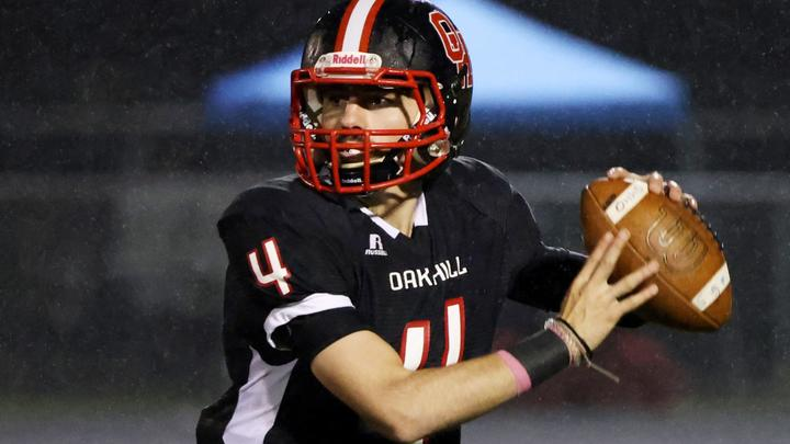 Cover for Prep Football: Bluefield's Brown, Hairston and Green explode in win at Oak Hill