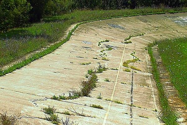 Picture for Take a Ride Around An Abandoned Bicycle Racetrack, the Dorais Velodrome, in Detroit
