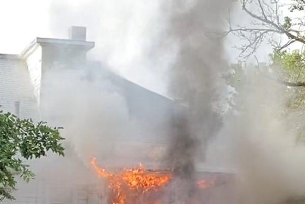 Picture for Friday morning house fire displaces residents